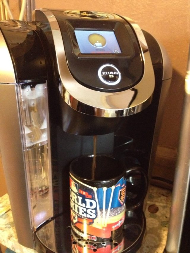Brewing my first cup of coffee with Keurig 2.0!