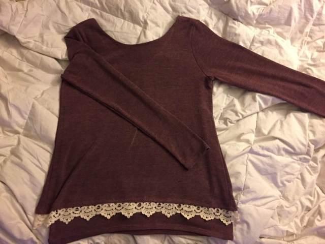 jemie-crochet-hem-knit-top